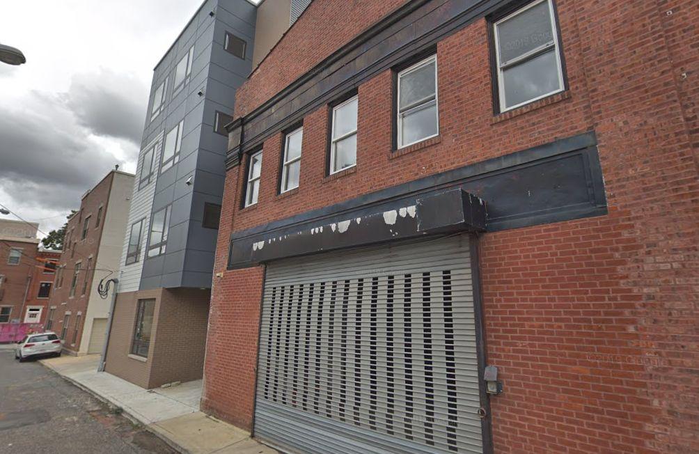 901 Leland Street. Looking north. Credit: Google