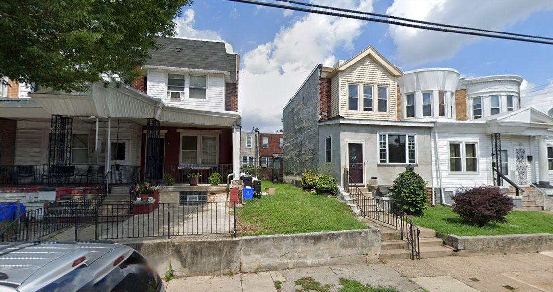 5809 Larchwood Avenue. Looking north. Credit: Google