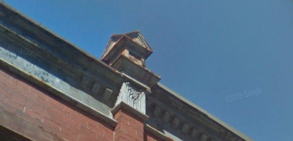 1442 North Hollywood Street (left). September 2014. Looking north. Credit: Google