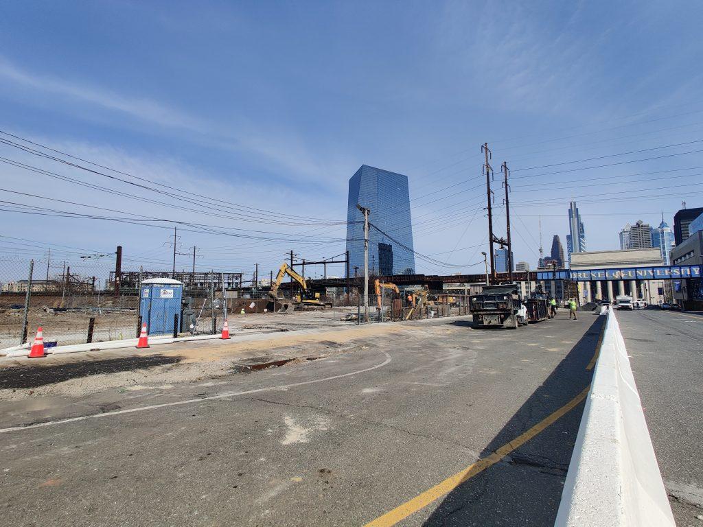 3025 John F. Kennedy Boulevard (left) . Photo by Thomas Koloski