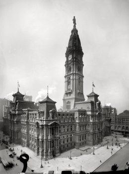 Philadelphia City Hall 1910. Photo via shorpy.com