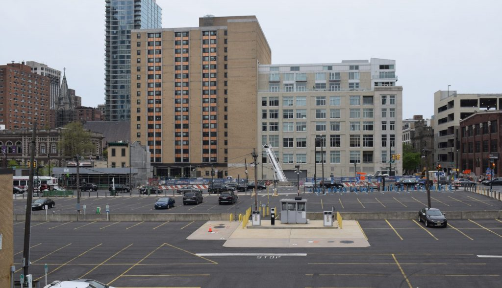 2222 Market Street from John F. Kennedy Boulevard. Photo By Thomas Koloski