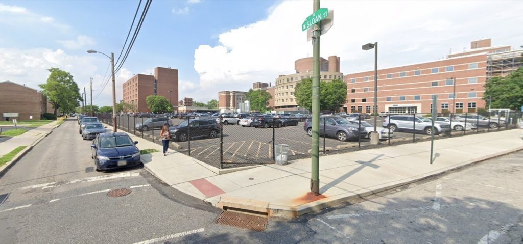 Site of the facility proposed at 3800 Powelton Avenue. Looking northeast from Filbert and Sloan streets. Credit: Google