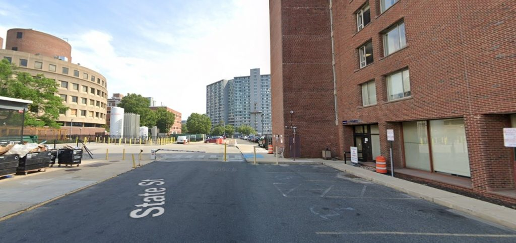 Site of the facility proposed at 3800 Powelton Avenue. Looking south from the parking lot at the 3910 Building. Credit: Google