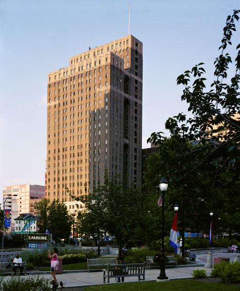 The Metropolitan, looking northeast, via the building's official website
