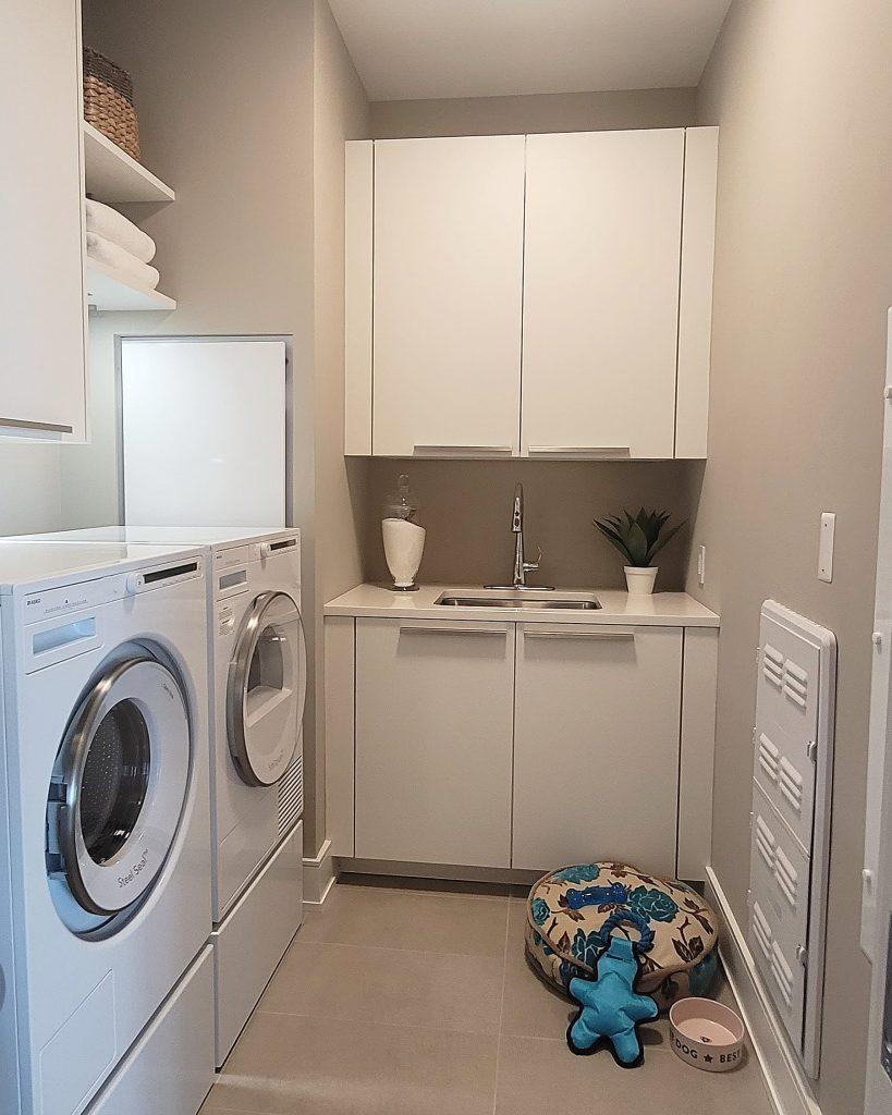 Second unit washer and dryer. Photo by Thomas Koloski