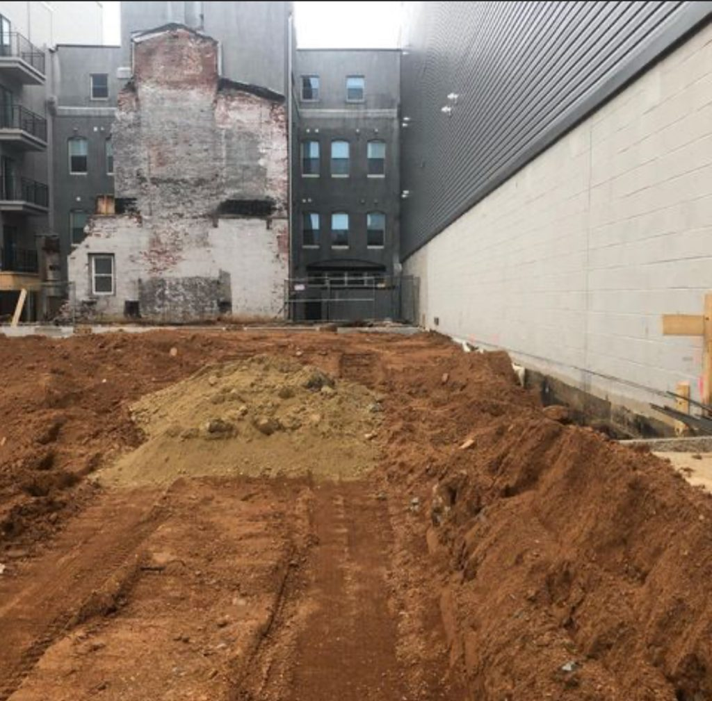 Current view of 901 Leland Street. Credit: Hightop Real Estate.