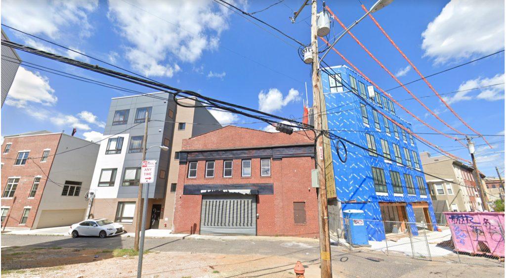 Former view of 901 Leland Street. Credit: Google.