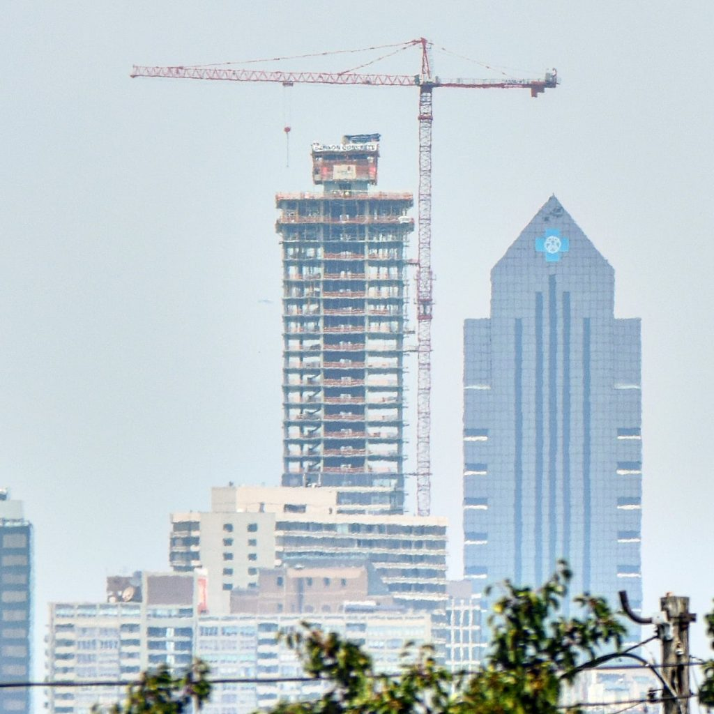 The Laurel Rittenhouse from the I-95 south looking north. Photo by Thomas Koloski